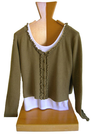 woman_sweater_olive