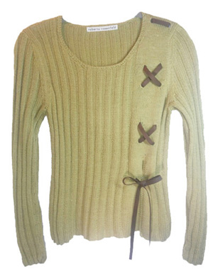 woman_sweater_ona