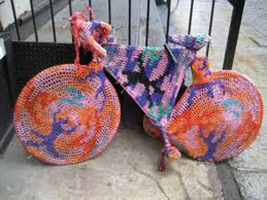 yarn_bomb_bicycle
