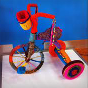 yarn_bomb_tricycle